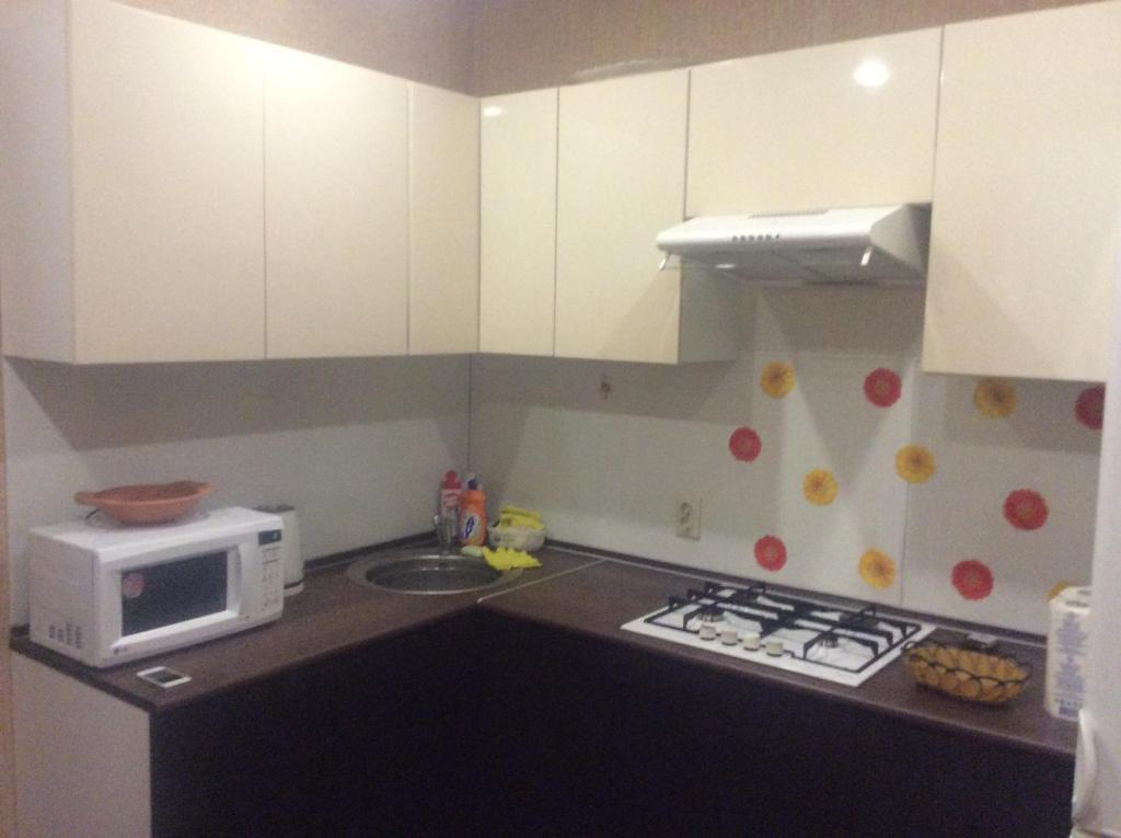 Кухня или мини-кухня в Лядова 2