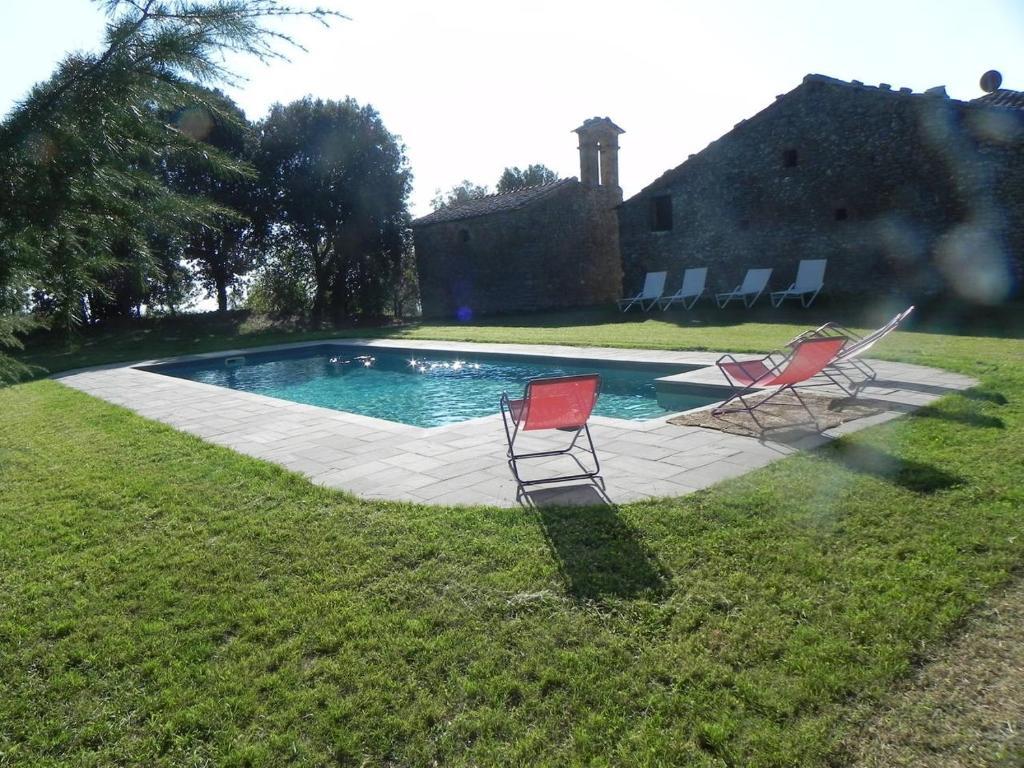 Foto Di Piscine Private villa podere santa cristina, civitella in val di chiana