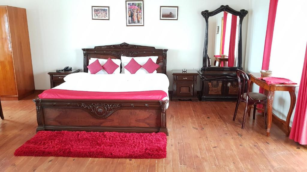 Hotel Woodland Hill Stay Shillong India Booking Com