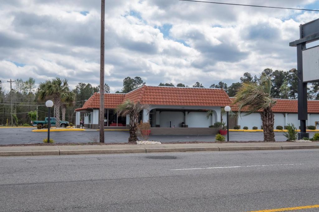 Ramada Inn - Walterboro