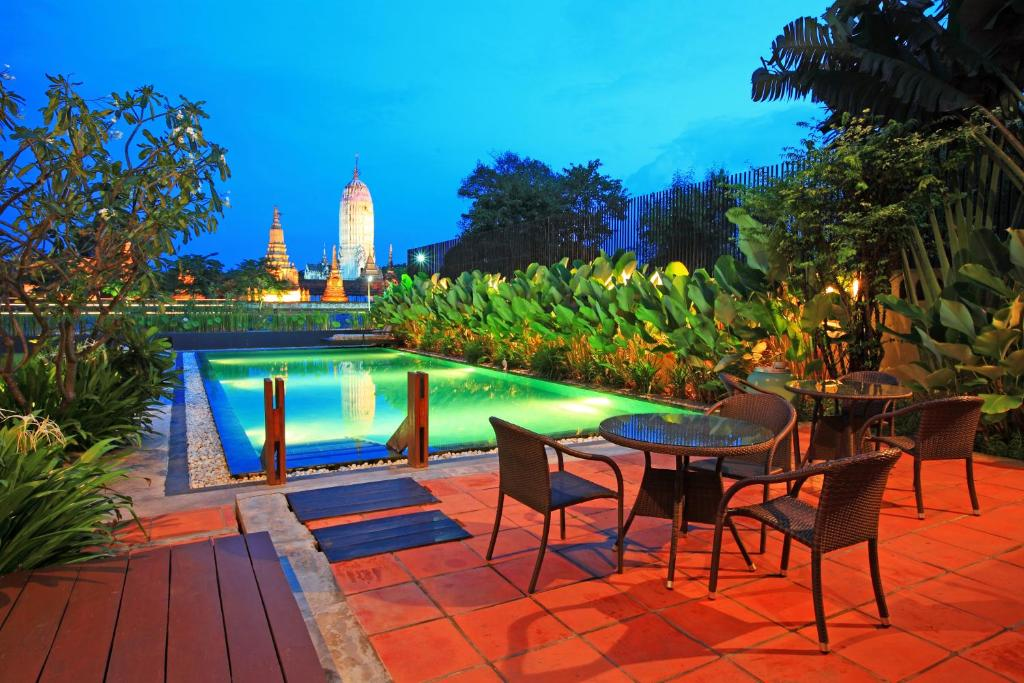 The swimming pool at or near iuDia Hotel