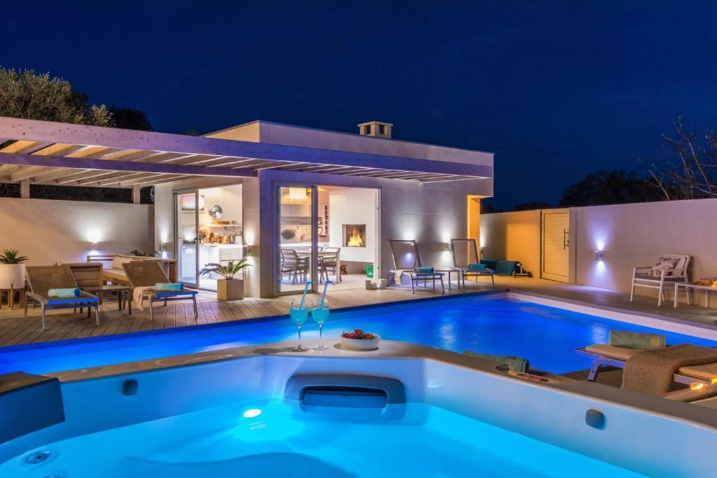 Lalic Villa