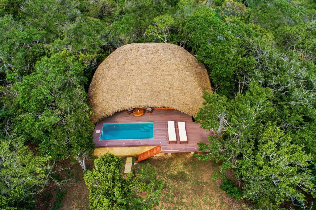 A bird's-eye view of Chena Huts by Uga Escapes - All Inclusive