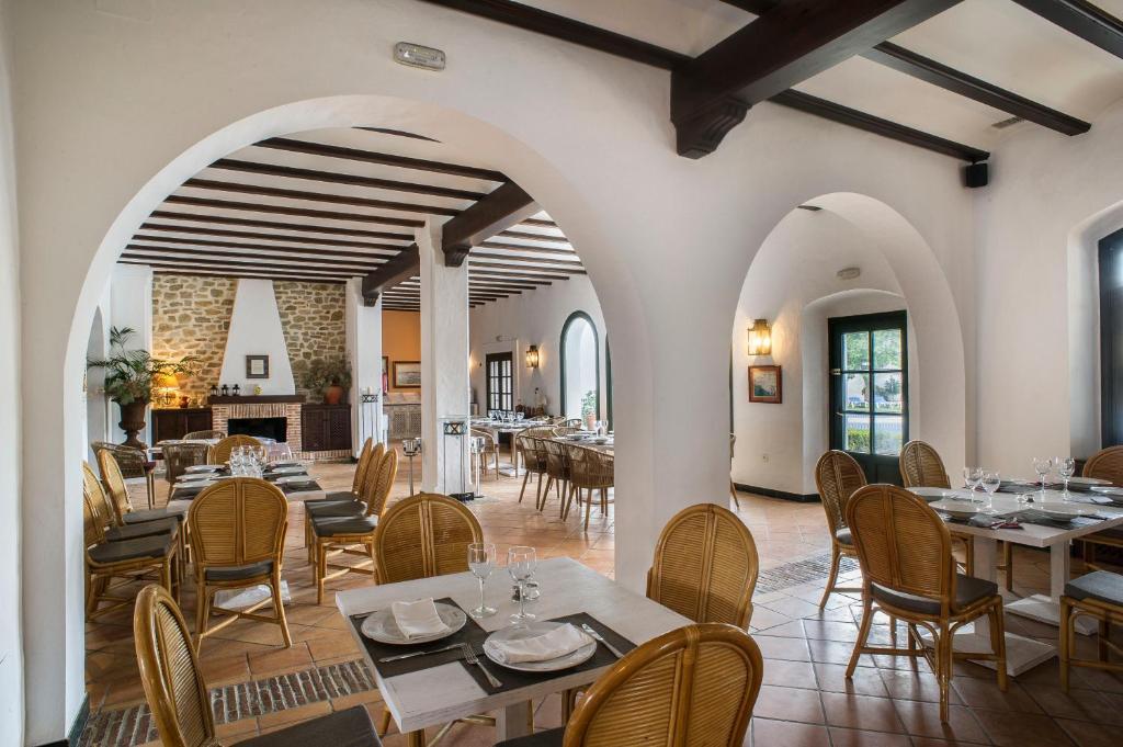 Hotel Doña Lola Zahara 15