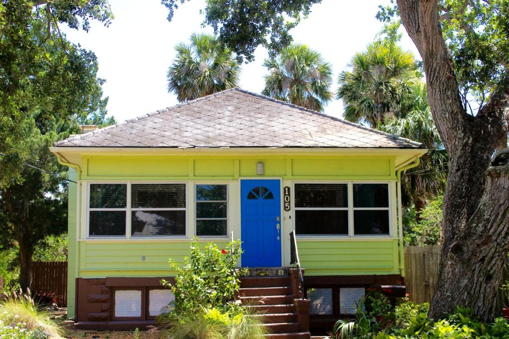 New Smyrna Beach Flagler Ave Cottage