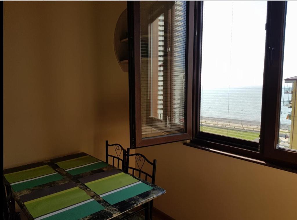 Apartment near the sea