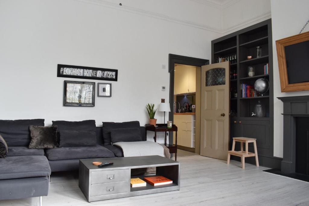 One Bedroom Flat In New Cross London Updated 2019 Prices