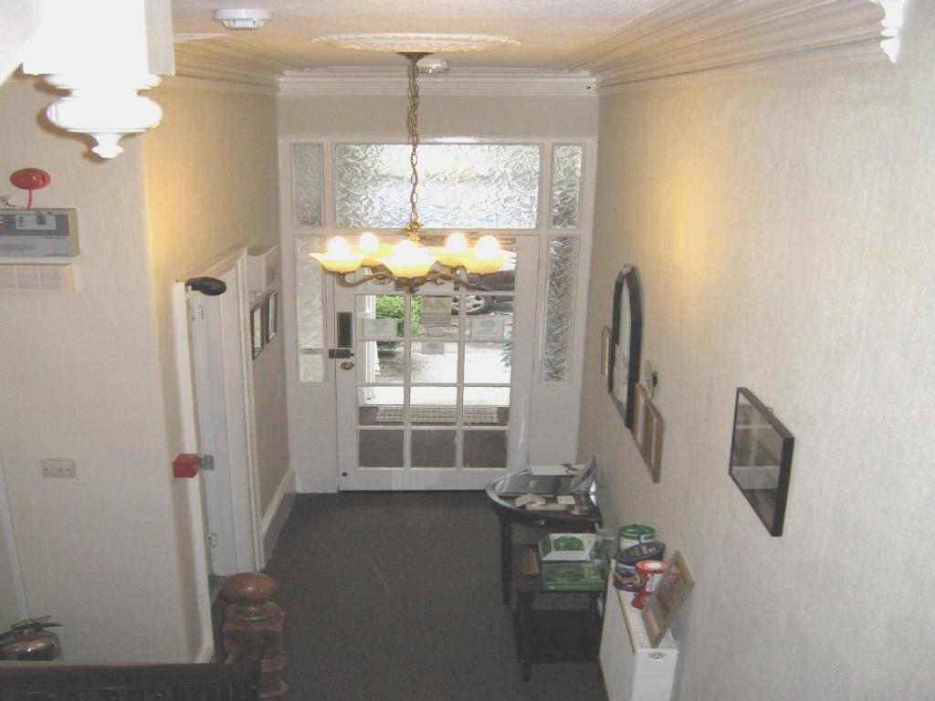 Dunedin Guest House
