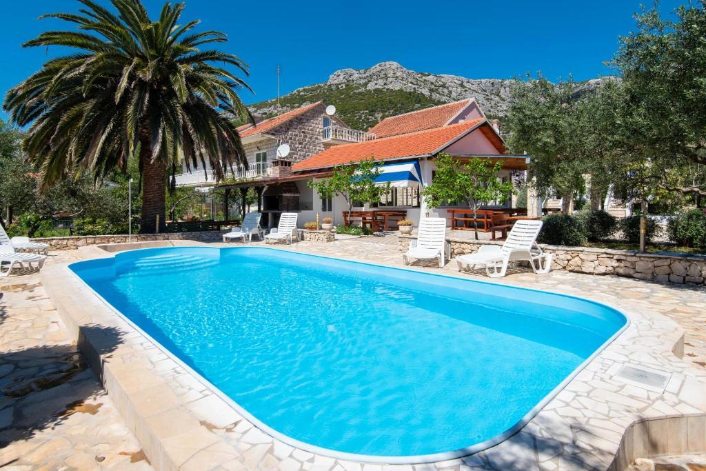 The swimming pool at or near Holiday Resort Balota