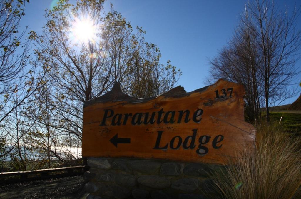 Parautane Lodge