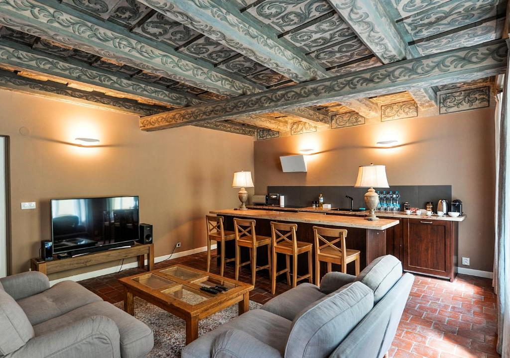 Coin salon dans l'établissement Historical Apartment between Prague Castle and Charles Bridge