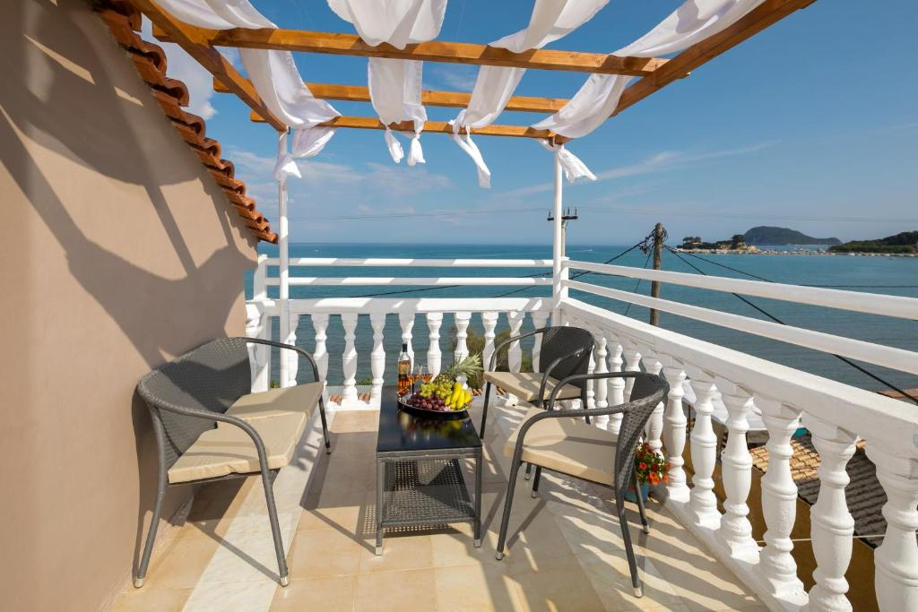 A balcony or terrace at MARE BLU STUDIOS & SUITES
