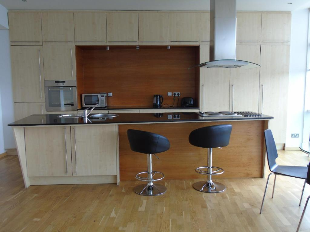 Peachy Glasgow Lofts Apartments Uk Booking Com Andrewgaddart Wooden Chair Designs For Living Room Andrewgaddartcom