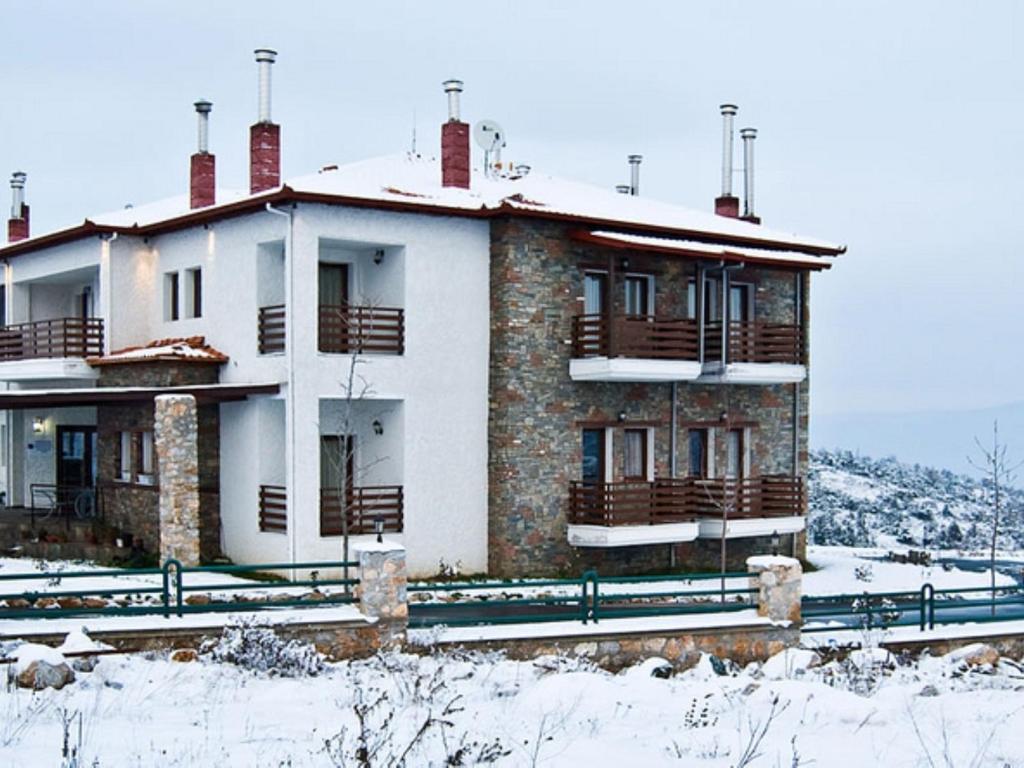 Kerasia Chalet om vinteren
