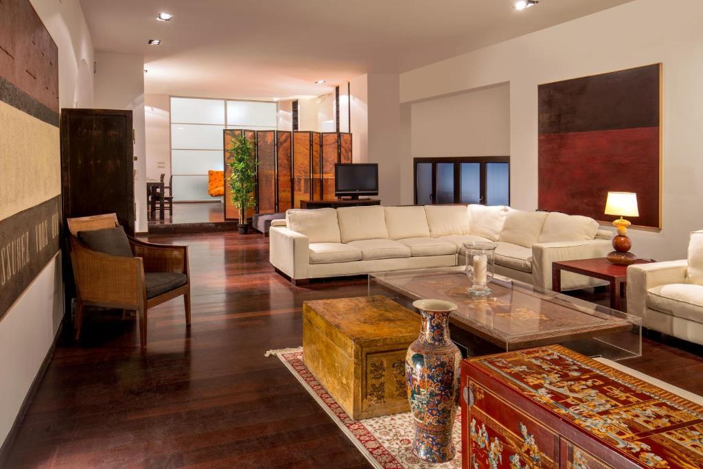 MyApARTsuite Luxury Torre Argentina, Roma – Prezzi ...