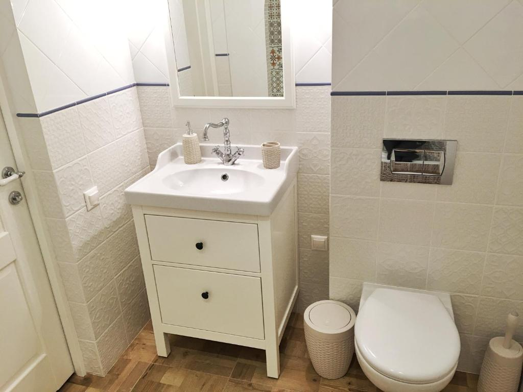 Ванная комната в Apartment on Ulitsa Divnaya 2