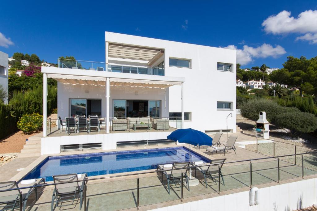 Villa Orquidea, Son Bou, Spain - Booking.com