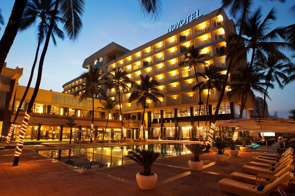 Novotel Mumbai Juhu Beach India Booking Com