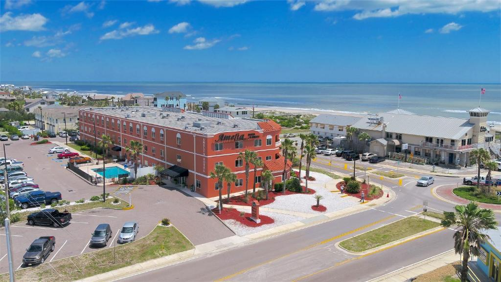 A bird's-eye view of Amelia Hotel at the Beach