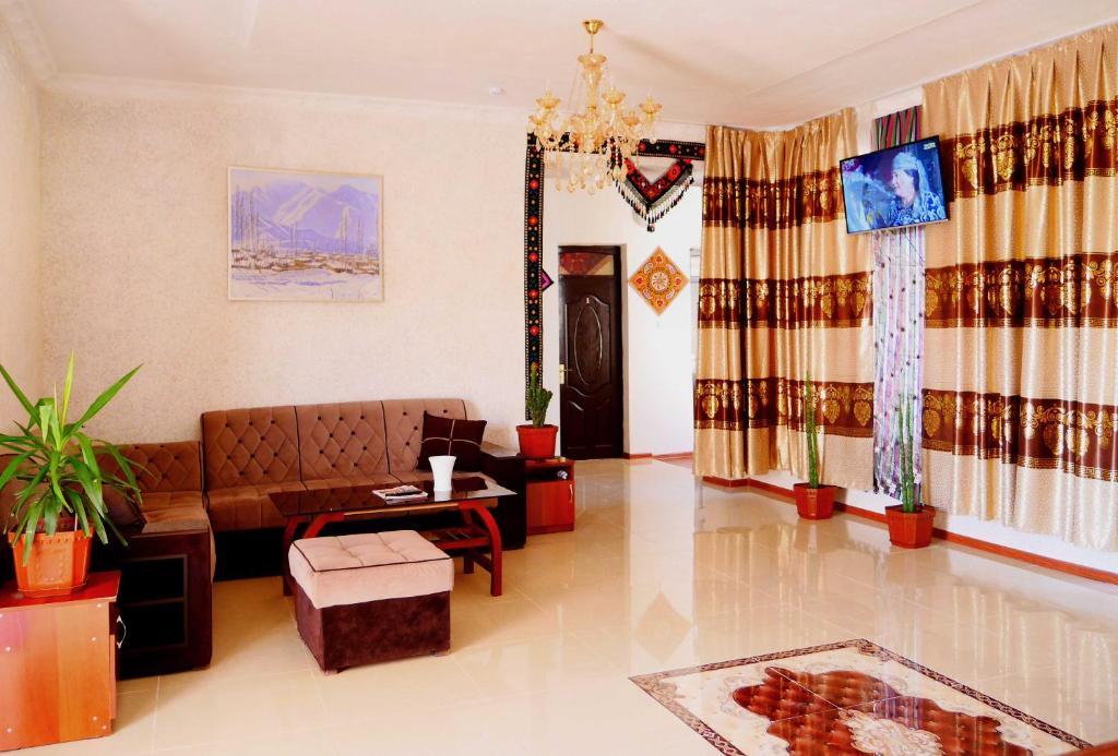 Zona de estar de Oq Saroy Hotel