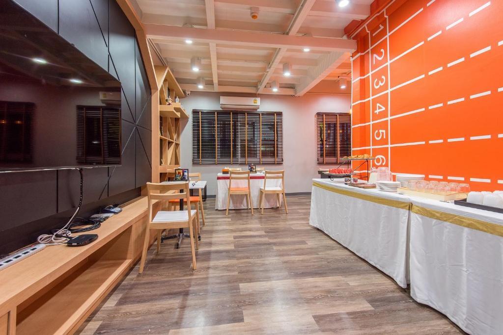 Küche/Küchenzeile in der Unterkunft Siam Stadium Hostel