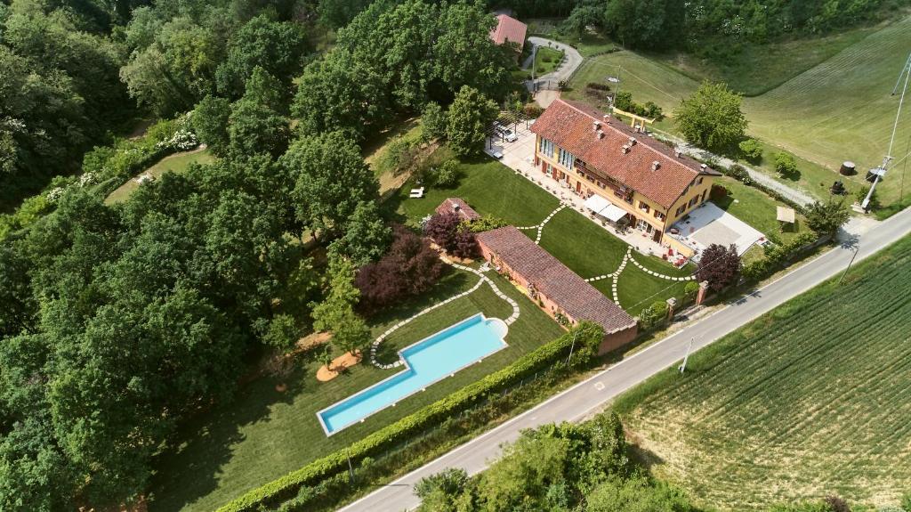Vista aerea di Cascina Sant'Emiliana