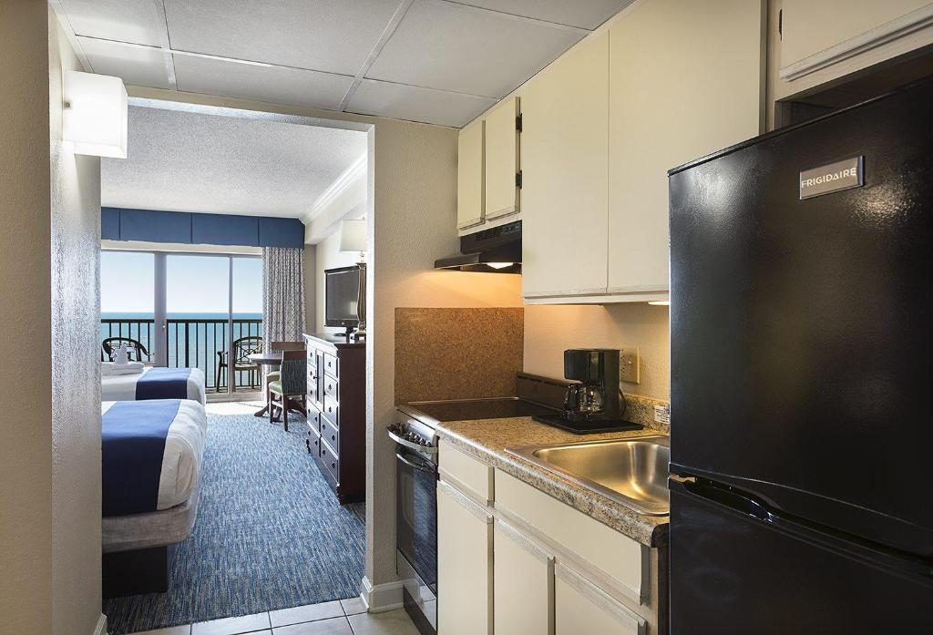 A kitchen or kitchenette at Sea Crest Oceanfront Resort