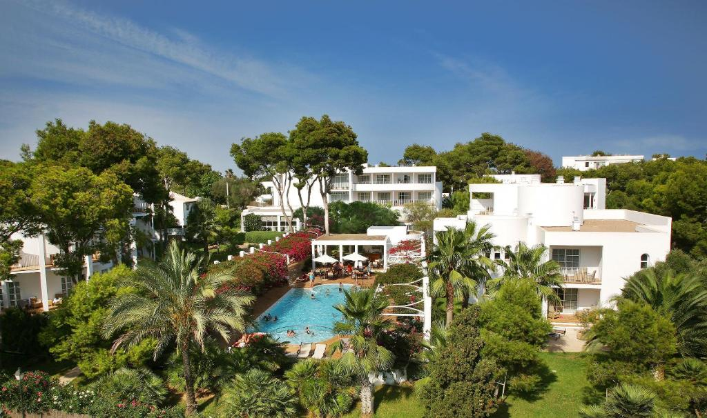 A view of the pool at Melia Cala d'Or Boutique Hotel or nearby