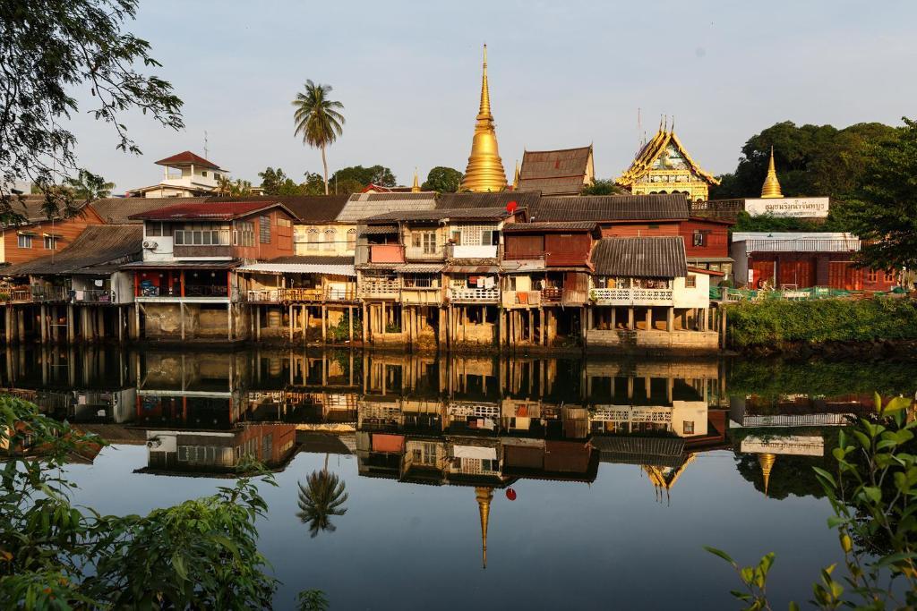 словам директора чантабури таиланд фото печатать бумаге клейкой