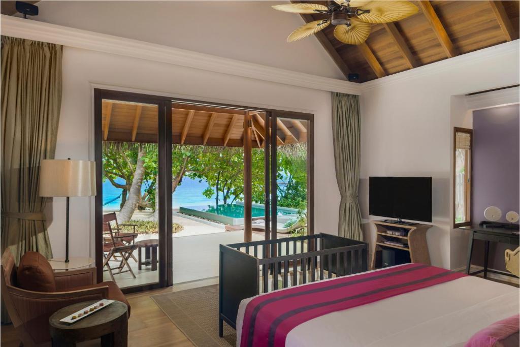Dusit Thani Maldives Dharavandhoo Updated 2020 Prices