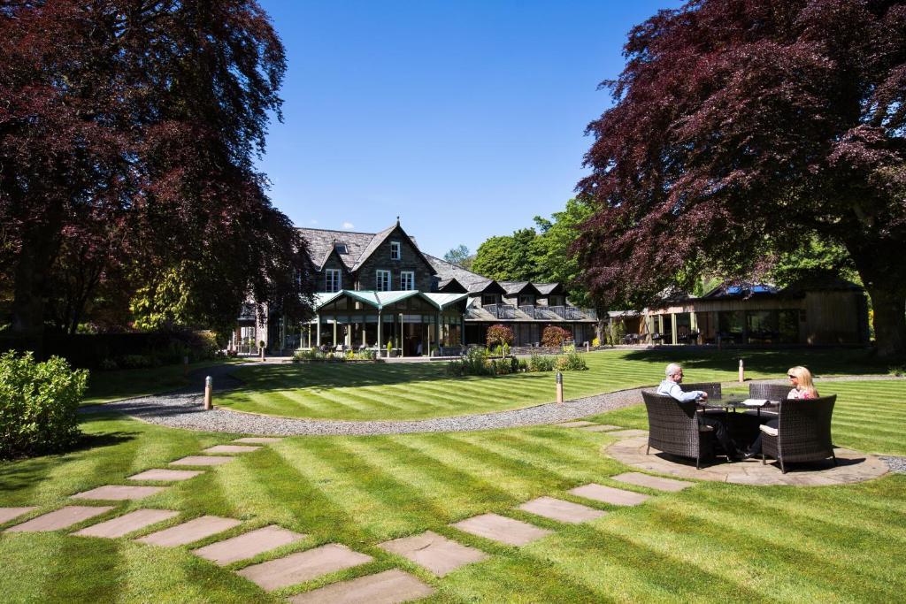 A garden outside Rothay Garden Hotel & Riverside Spa