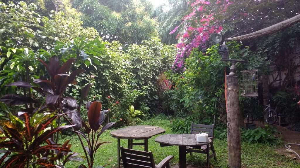 A garden outside Casa de Temporada das Mangueiras