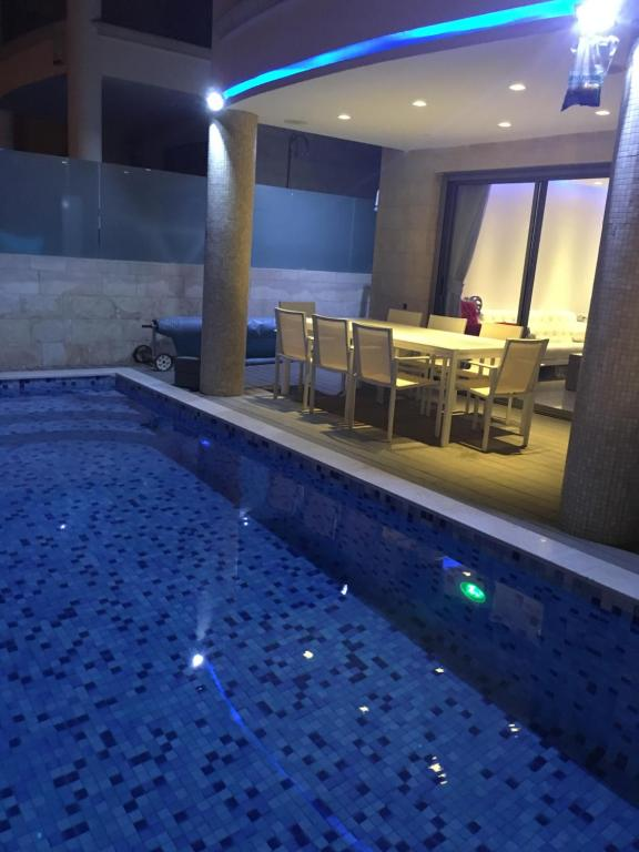 The swimming pool at or near Aquarelle