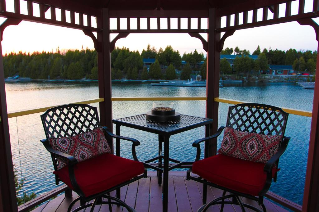 Balkonas arba terasa apgyvendinimo įstaigoje Harbour 90 Adult Only B&B