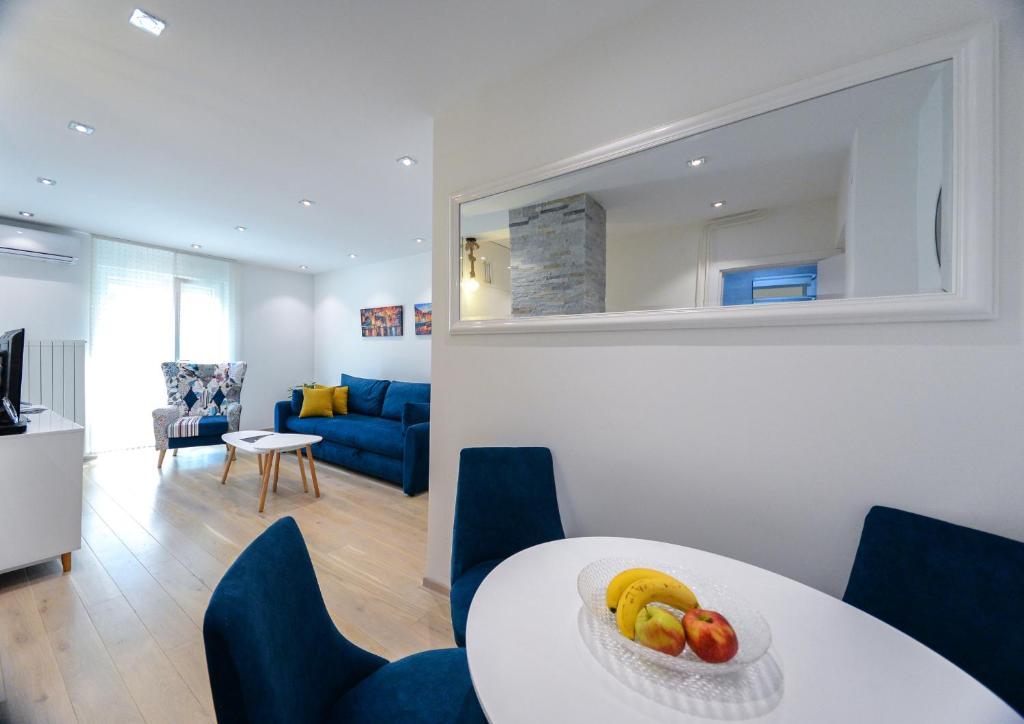 O zonă de relaxare la Srecko Exclusive Apartment