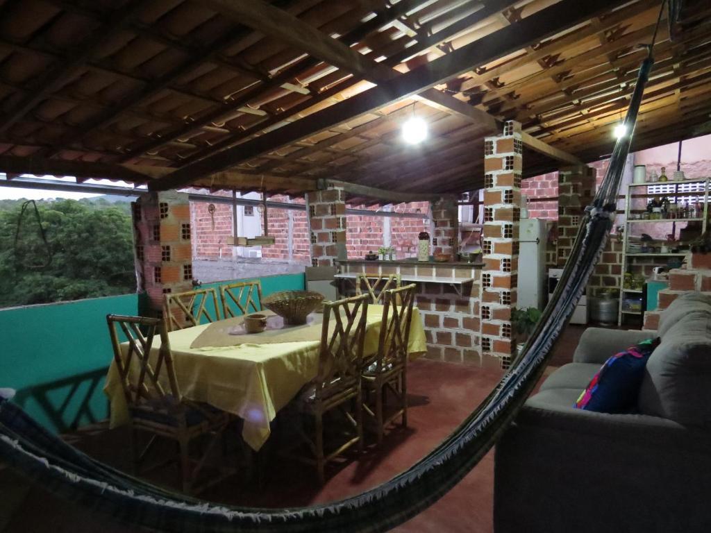 Um restaurante ou outro lugar para comer em Cantinho de Lençóis