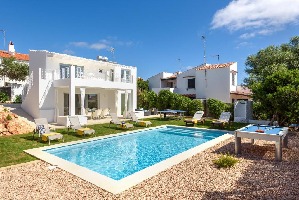 Villa Molly, Punta Prima, Spain - Booking.com