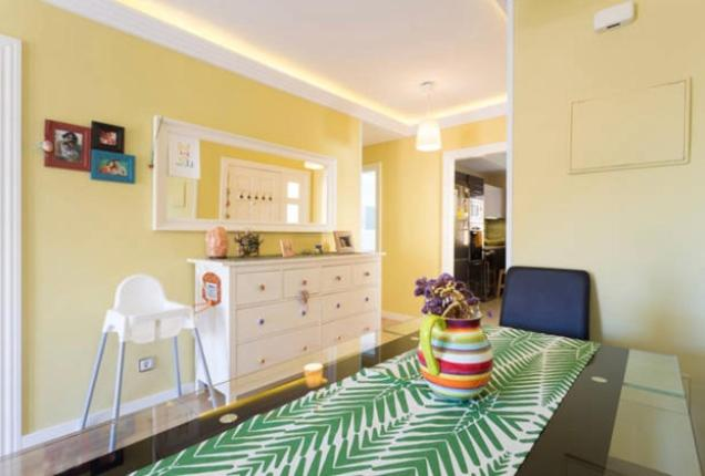 A kitchen or kitchenette at Holidays home