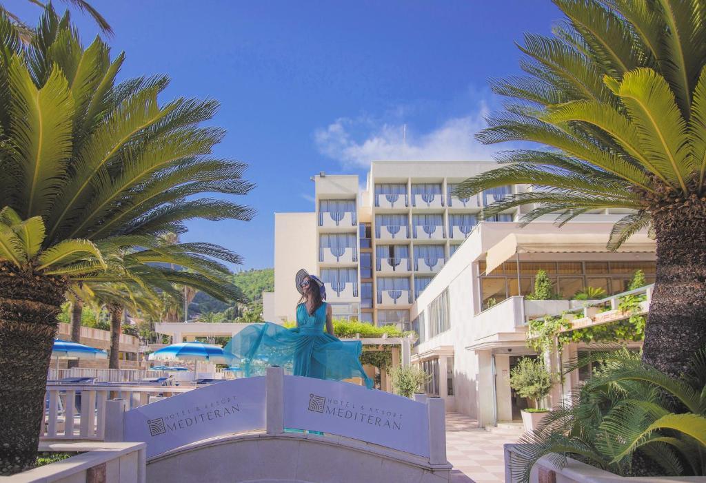 Вид на бассейн в Mediteran Hotel & Resort или окрестностях