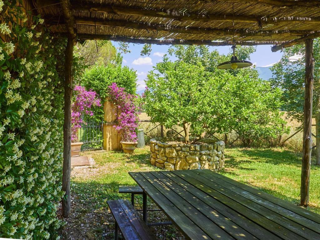 גינה חיצונית ב-Cottage del Limone