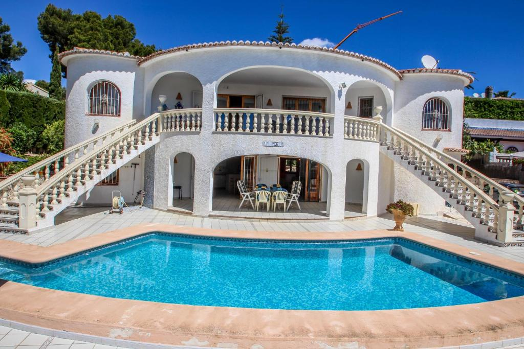 La Perla - sea view villa with private pool in Moraira ...