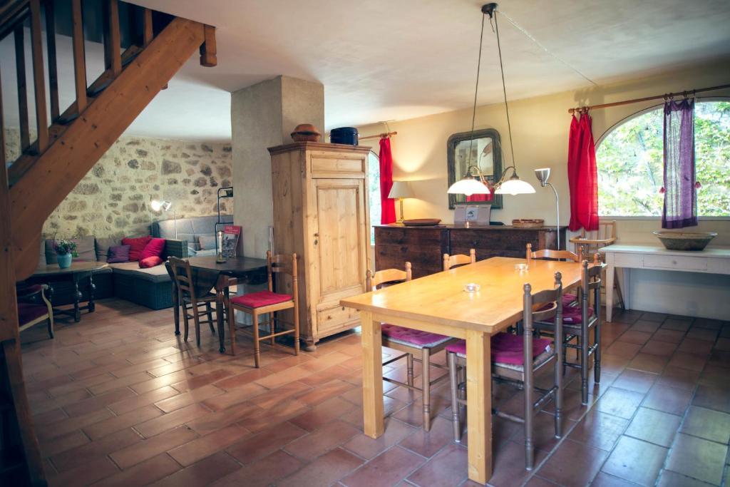 Chambres d'Hôtes et Gîtes Le Mas Bleu & Spa Resort