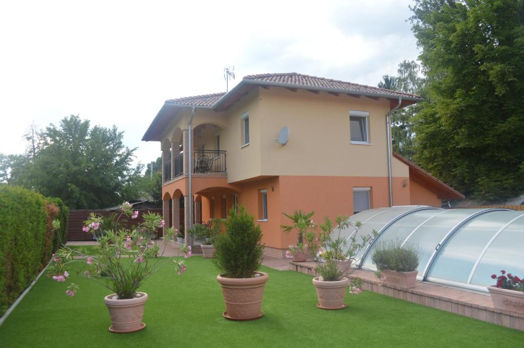 Granada Medences Apartmanhaz Szantod 2020 Legfrissebb Arai