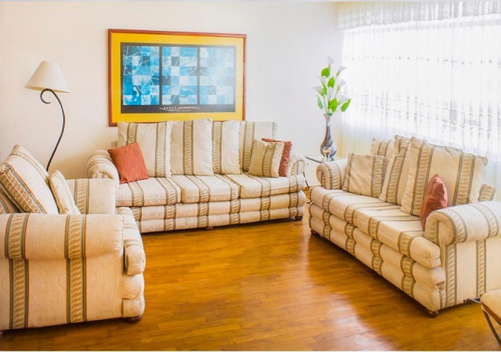 A seating area at San Isidro apartment