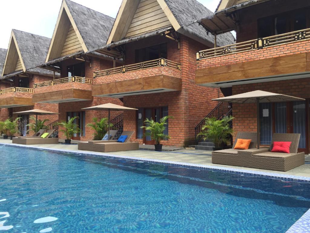 The swimming pool at or close to Bumi Katulampa - Convention Resort