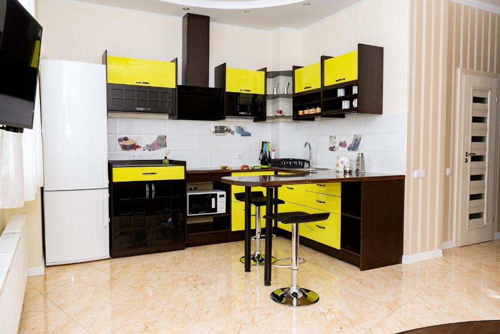 """Kuchyňa alebo kuchynka v ubytovaní Studio """"Favorit"""""""
