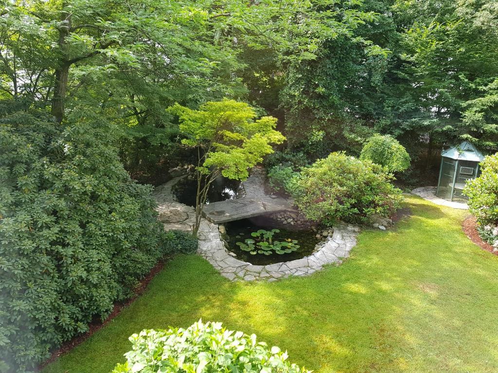 Ein Garten an der Unterkunft Villa Papagena