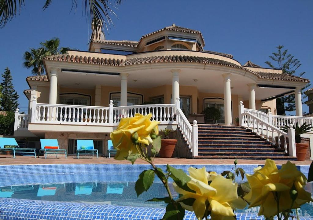 Bed and Breakfast Casa Brabant (España Fuengirola) - Booking.com