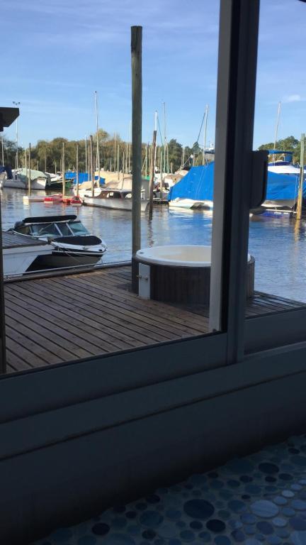 Floating Design Suite