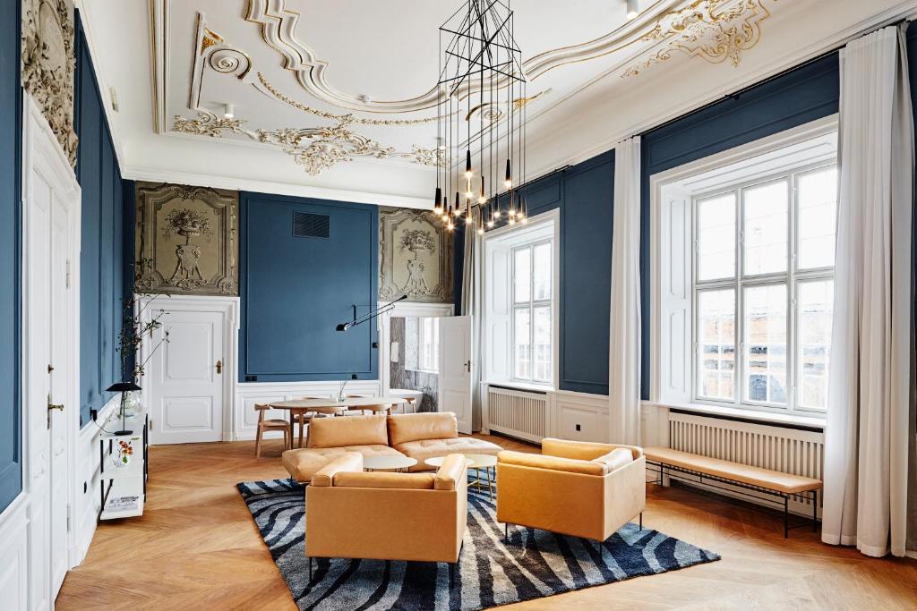 A seating area at Nobis Hotel Copenhagen